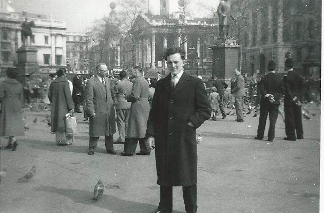 dad-trafalgar-square